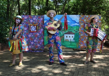 Projeto Domingo no Parque tem apresentações gratuitas de teatro em Goiânia