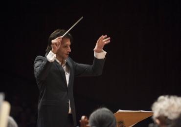 Orquestra Filarmônica de Goiás recebe consagrado maestro Carlos Prazeres em concerto gratuito em Goiânia