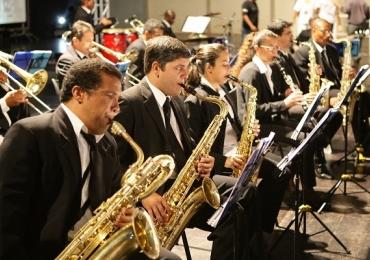 Praça Tubal Vilela recebe 'Sons Natalinos' em Uberlândia Concerto Natalino será apresentado pela Banda Municipal