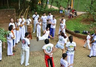 O Centro Livre de Artes oferece vagas para oficinas de Capoeira Angola