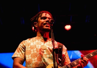 Natiruts faz show de lançamento de CD em Goiânia