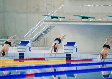 Natação, yoga, voleibol e muito mais: Sesc Goiás abre matrículas para atividades esportivas