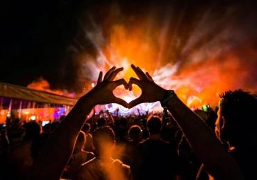 Com shows, DJs e live painting, Festival Love SA exalta a temática do amor em Goiânia