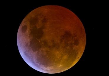 Eclipse da Lua Vermelha poderá ser visto com telescópios de forma gratuita em Goiânia