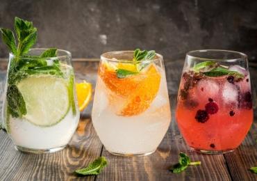 5 restaurantes em Brasília para tomar drinques e espantar o calor do verão