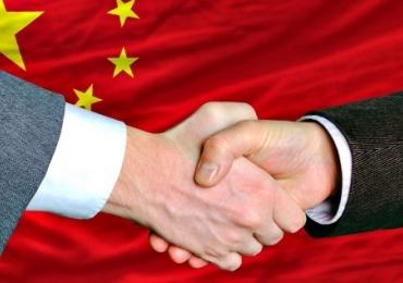 China investe 900 Bilhões de dólares em mais de 160 países e é tema de meeting em Goiânia