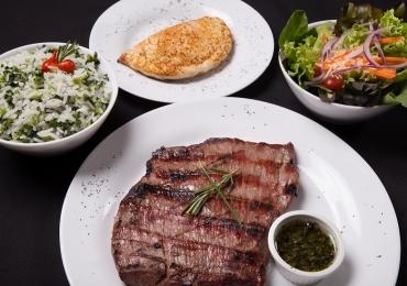 Restaurante serve pratos da culinária argentina em Brasília