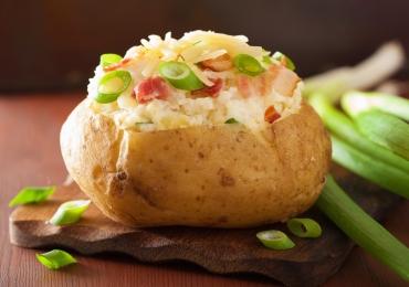 Restaurante em Goiânia prepara noite deliciosa com batatas recheadas por R$ 15