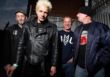 Lenda do punk mundial se apresenta nesta segunda em Goiânia