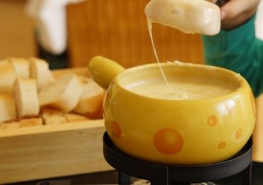4 lugares onde comer fondue em Brasília