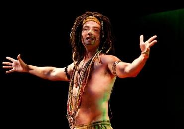 Marco Luque apresenta espetáculo de comédia em Goiânia