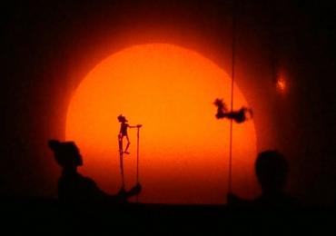 Goiânia recebe teatro de sombras com o espetáculo 'À Sombra de Dom Quixote'