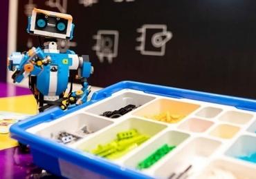 Oficinas de slime e robótica são ofertadas em shopping de Uberlândia