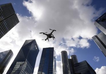 Homem é acusado de filmar mulheres nuas utilizando um drone no Jardim América