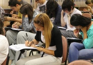 Concursos: CRO-DF prorroga inscrições para certame com salário de R$3.500