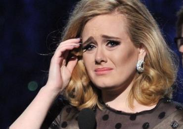 Em carta a fãs, Adele declara que talvez não irá mais fazer turnês
