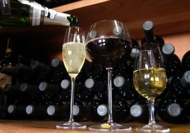 Restaurante badalado de Brasília promove degustação de vinhos e espumantes por R$49