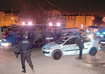 Polícia de Portugal dispara mais de 40 vezes e mata brasileira por engano