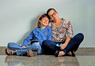 Grupo de apoio promove acolhimento e orientação a pais de filhos autistas em Goiânia