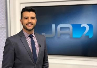 Jornalista Matheus Ribeiro se declara para namorado no Instagram e recebe o carinho dos fãs