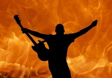 Goiânia Blues Night relembra clássicos do Rock com entrada gratuita