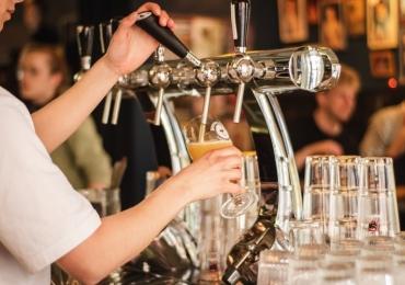 7 lugares em Brasília para você comemorar o Dia Internacional da Cerveja