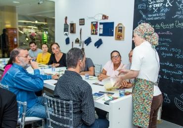 Oficinas gastronômicas gratuitas em Brasília ensinam comidinhas de boteco