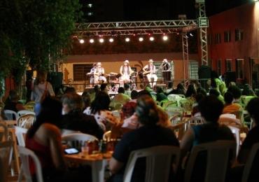 O evento é realizado desde 2002 e reúne música, gastronomia, artesanato e dança