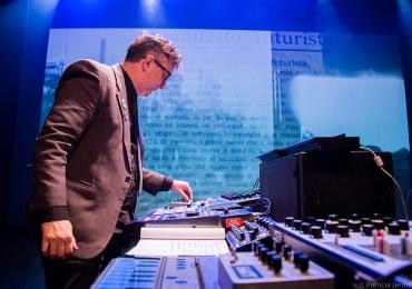 Série Solo Música: projeto traz show de música eletrônica a Brasília