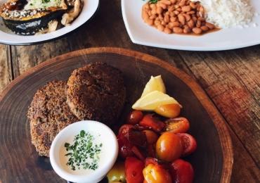 Restaurante de Brasília aposta em menu vegano por R$35