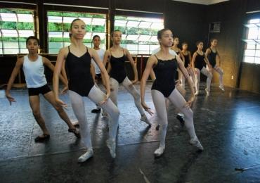 Instituto Gustav Ritter abre inscrições para aulas gratuitas de música, dança e teatro em Goiânia