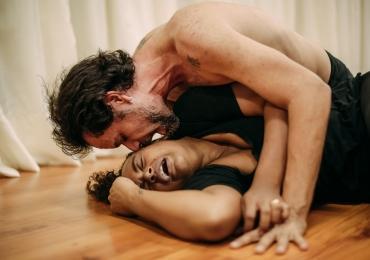 Peça brasiliense reflete a violência contra a mulher nos palcos