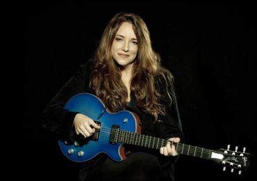 Ana Carolina faz show em Florianópolis com a turnê Grandes Sucessos