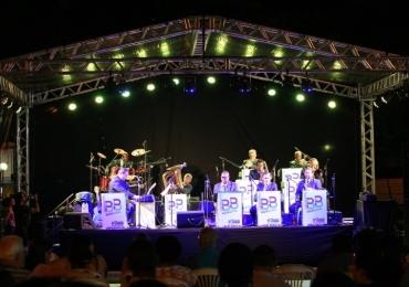 Em Uberlândia, Praça Clarimundo Carneiro recebe apresentação da Udi Jazz Big Band