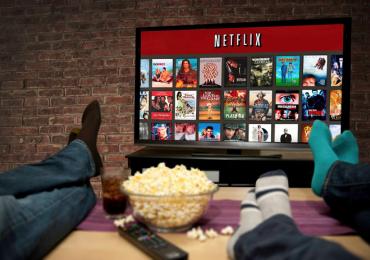 5 séries de comédia na Netflix para não te deixar desanimar com a volta às aulas