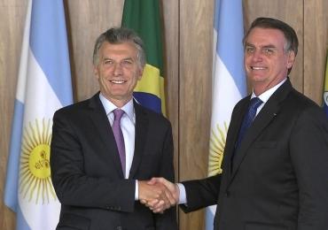 Bolsonaro discute a criação de uma moeda em conjunto com a Argentina