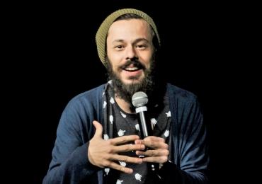 Humorista Nando Viana apresenta seu novo espetáculo em Goiânia