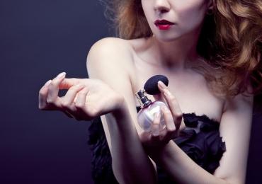Os perfumes femininos mais baratos das principais grifes do mundo
