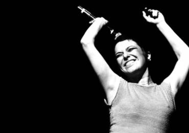 Elis Regina é homenageada em show gratuito nesta sexta-feira em Goiânia