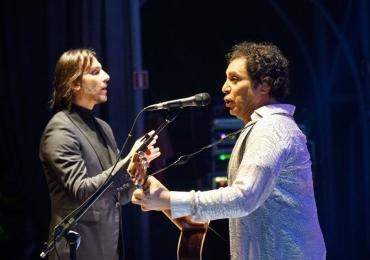Frejat faz show em Brasília com orquestra