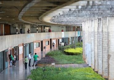 Evento na Universidade de Brasília reúne literatura, cultura, jornalismo e direito