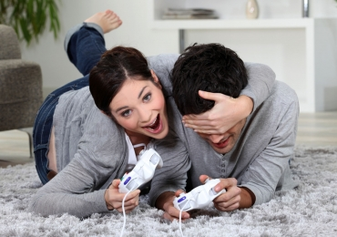 Segundo pesquisa, casais que jogam Mario Kart juntos permanecem unidos