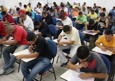 Cursinho de Brasília promove aula gratuita de revisão para concurso
