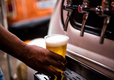 Feira em Brasília reúne cerveja artesanal, petiscos de boteco e muito mais