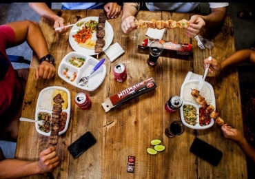 Vai uma jantinha? 12 lugares em Goiânia pra matar a fome na moral com até R$ 20