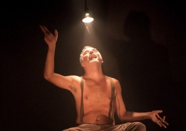 Goiânia recebe oficina gratuita sobre atuação, dramaturgia e direção