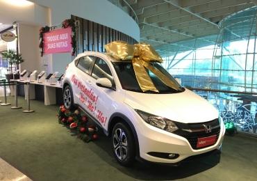 No Natal do Passeio das Águas Shopping o cliente ganha presente na hora e concorre a um carro 0Km