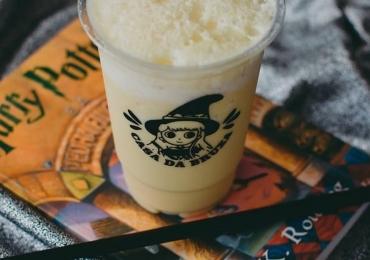 Cerveja amanteigada, bebida dos livros de Harry Potter, é lançada em Goiânia