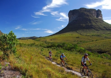 Os 11 destinos mais incríveis de cicloturismo no Brasil (quatro são em Minas Gerais)