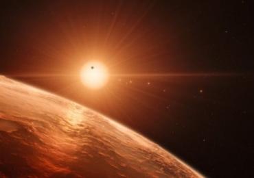 Astrônomos descobrem novo sistema solar que pode conter água e vida